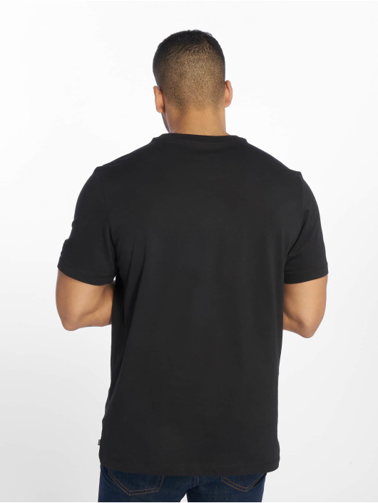Nike SB T-skjorter Essential svart