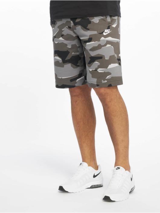 Nike Shorts Club Camo grau