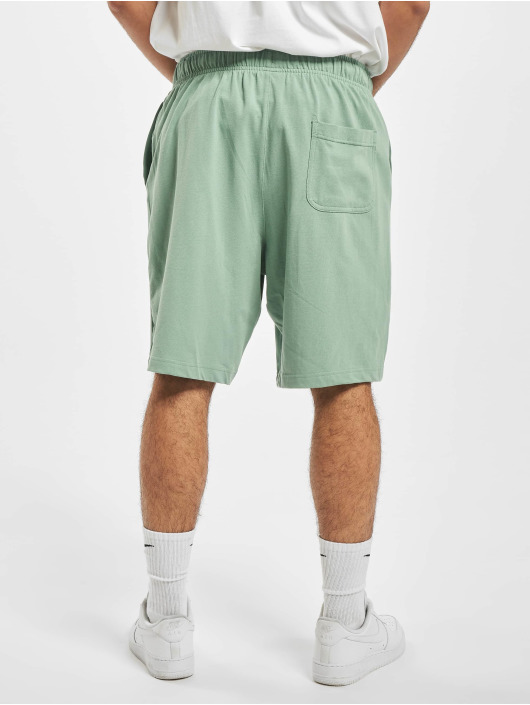 Nike Shorts Club grün