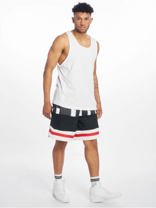 Nike Shorts Air Mesh hvit