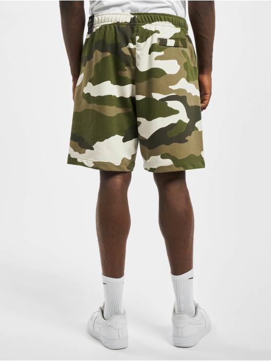 Nike Shortsit Club Camo oliivi