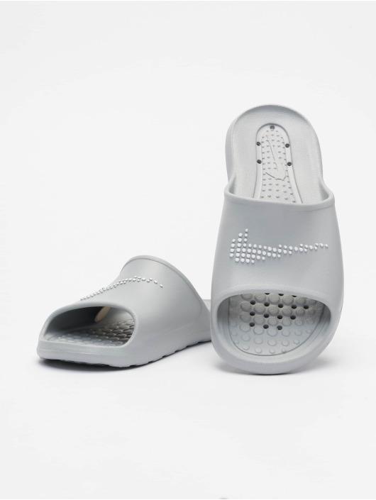 Nike Slipper/Sandaal Victori One Shower Slide grijs