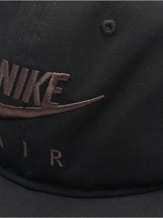 Nike Snapback Cap Sportswear Pro black