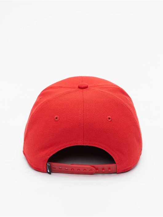 Nike Snapback Cap Futura 4 Fitted rot
