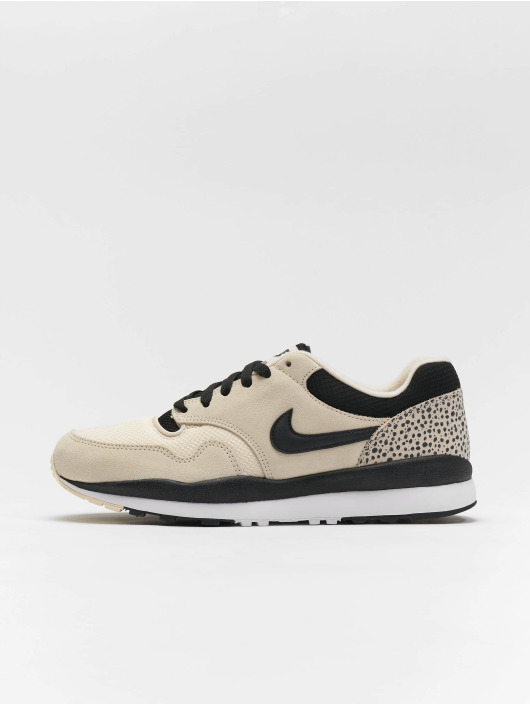 Nike Air Safari Sneakers Light Cream/Black/White