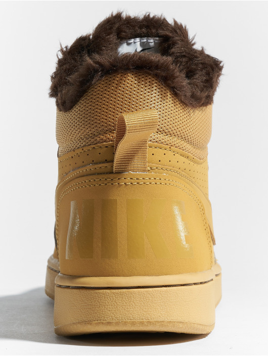 Nike Sneaker Court Borough Mid braun