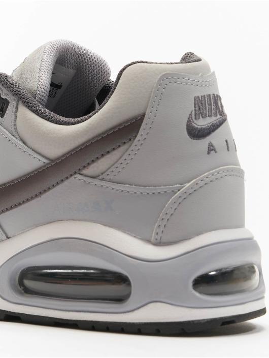 Nike Sneaker Air Max Command Leather grau