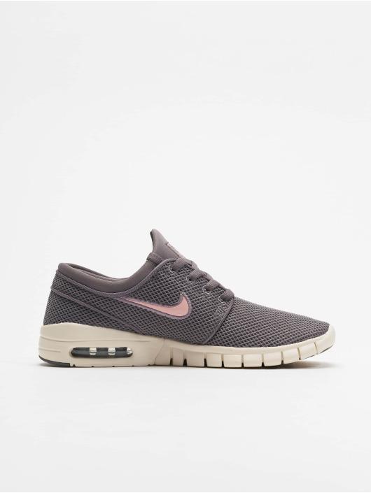 Nike Sneaker Stefan Janoski Max grau