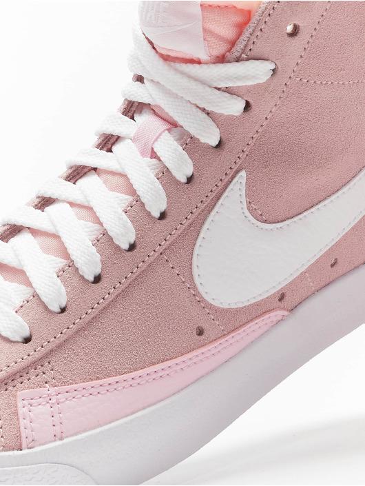 Nike Sneaker Blazer Mid Vintage '77 pink