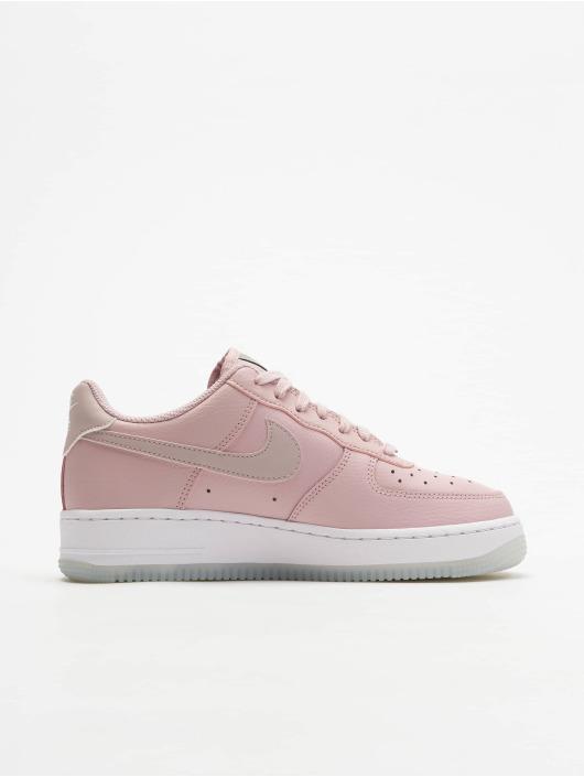 Nike Sneaker Air Force 1 '07 Essential rosa