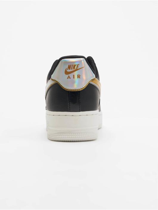 Nike Sneaker Air Force 1 07 schwarz