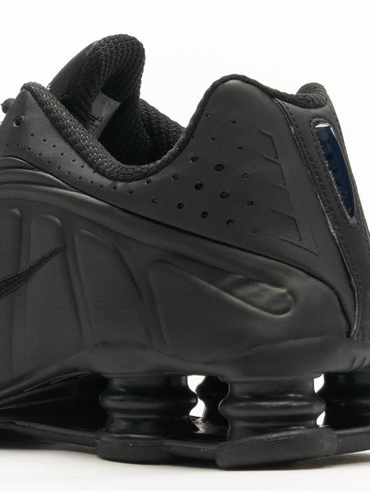 Nike Sneaker Shox R4 schwarz