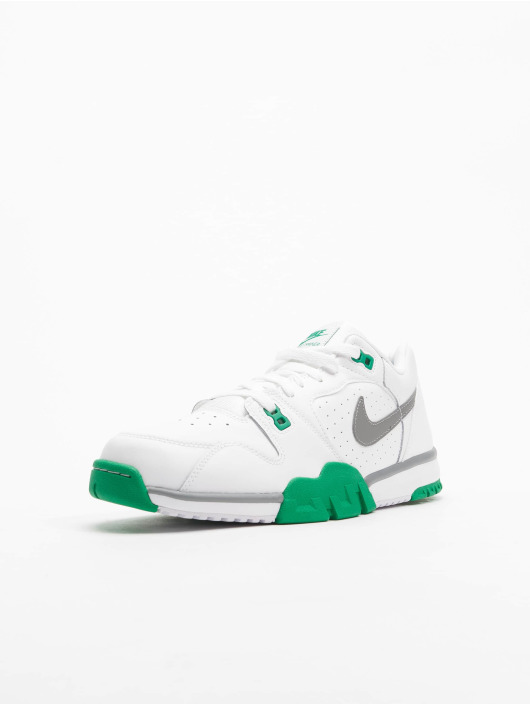 Nike Sneaker Cross Trainer Low weiß