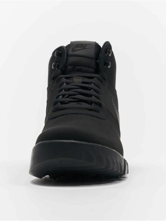 debb5d6d98f33e Nike schoen   sneaker Hoodland Suede in zwart 500596
