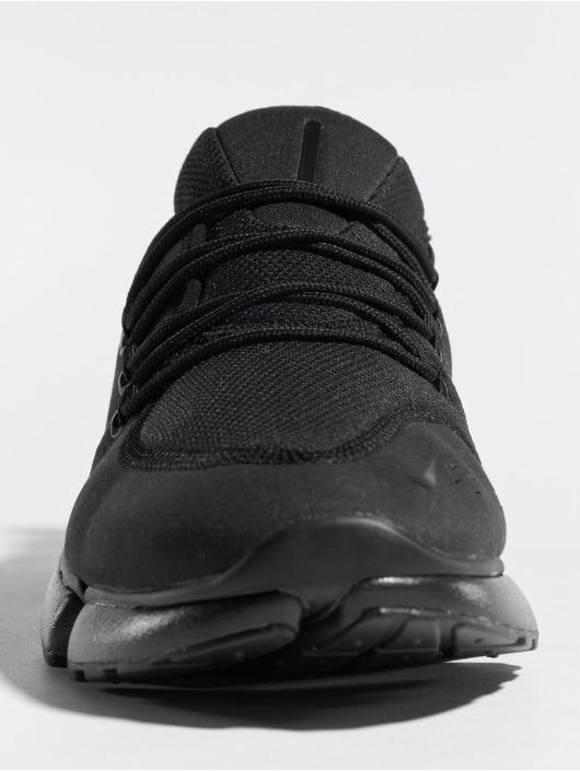 Nike Sneakers Pocket Fly Dm èierna