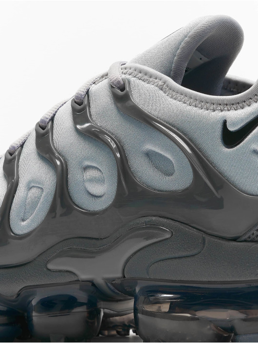 Nike Sneakers Air Vapormax Plus šedá