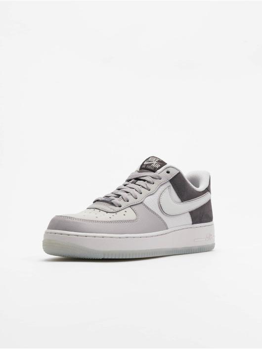 Nike Sneakers Air Force 1 '07 LV8 2 šedá
