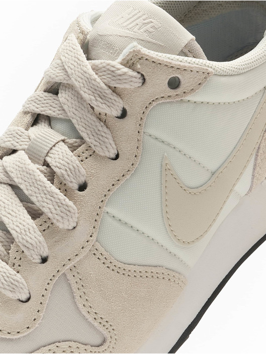 Nike Sneakers Internationalist bezowy