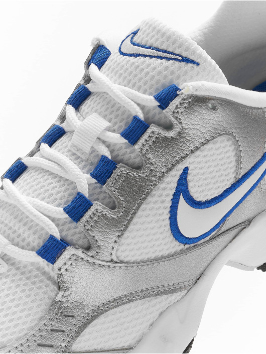 Nike Sneakers Heights bialy
