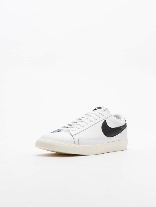 Nike Sneakers Blazer Low Leather bialy