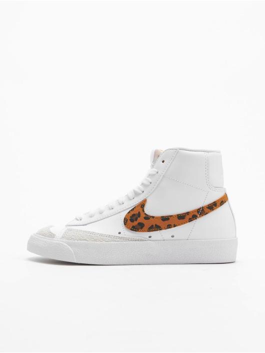 Nike Sneakers Blazer Mid '77 SE bialy