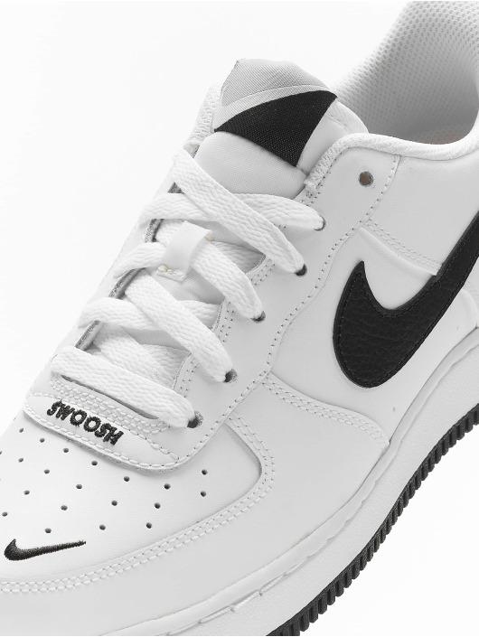 Nike Sneakers Air Force 1 LV8 biela