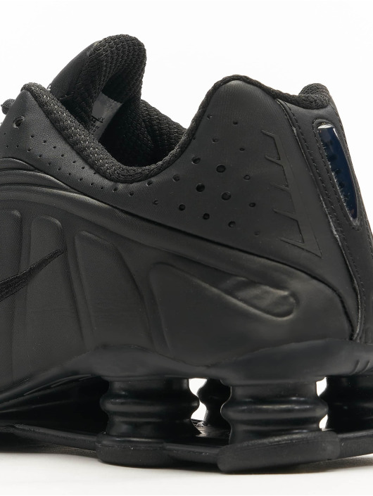 Nike Sneakers Shox R4 black