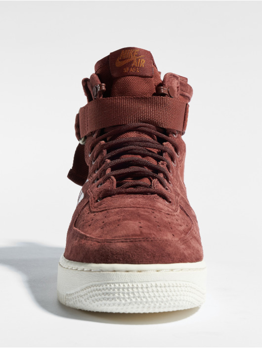 purchase cheap 6cce6 1849e ... Nike Sneakers Sf Air Force 1 Mid brun ...
