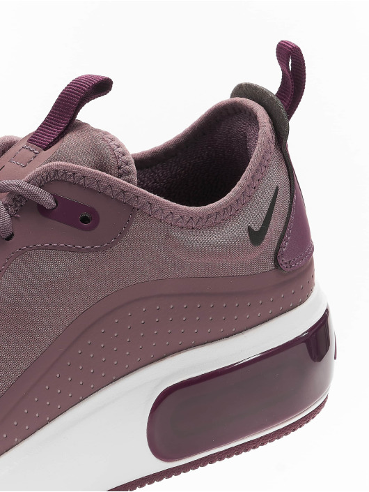 Nike Sneakers Air Max Dia fialová