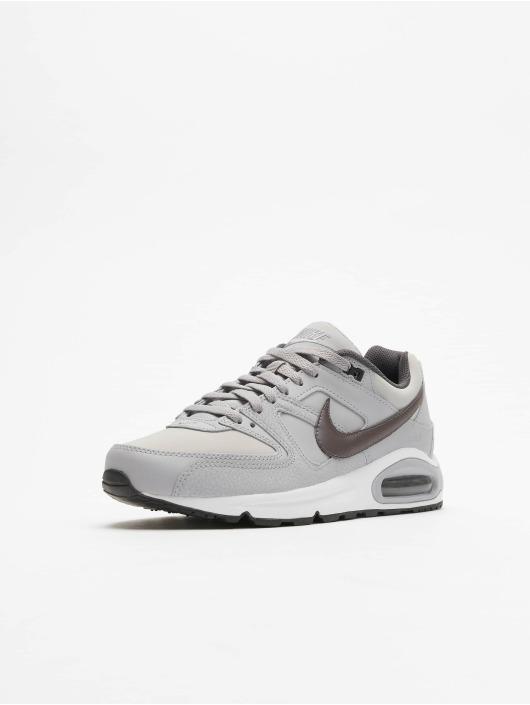 Köpa Nike Män Sneakers Air Max Command Leather i vit