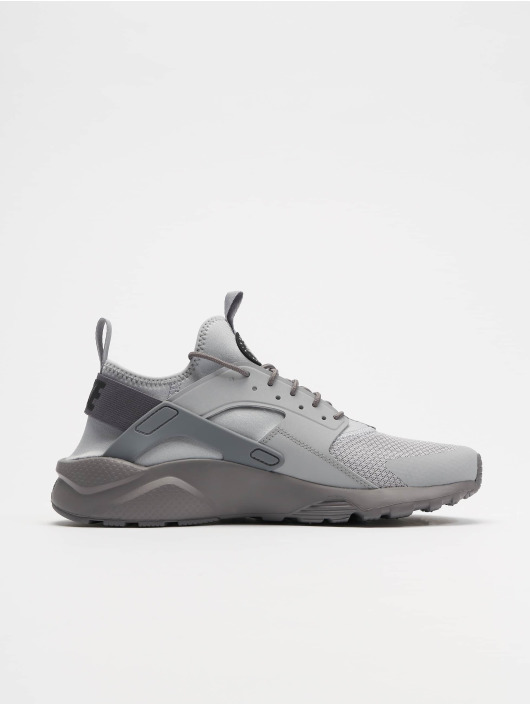 Nike Sneakers Air Huarache Run Ultra gray