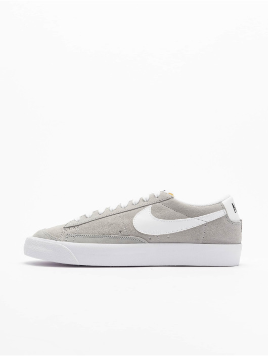 Nike Sneakers Blazer Low '77 SUEDE grey