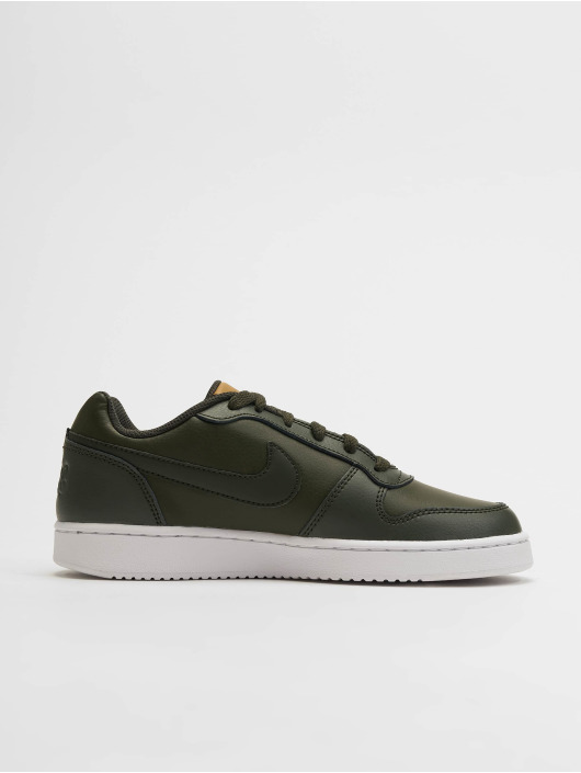 low priced aabb8 02a90 ... Nike Sneakers Ebernon Low grön ...