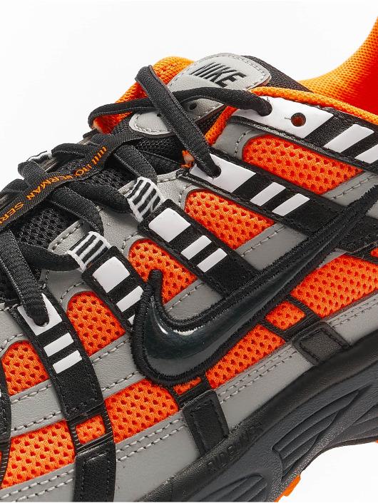 Nike Sneakers P-6000 oranžová