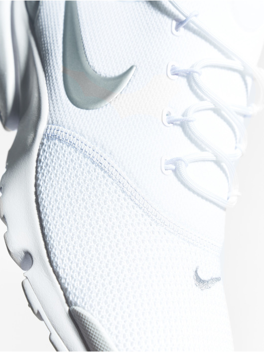 Nike Sneakers Presto Fly white