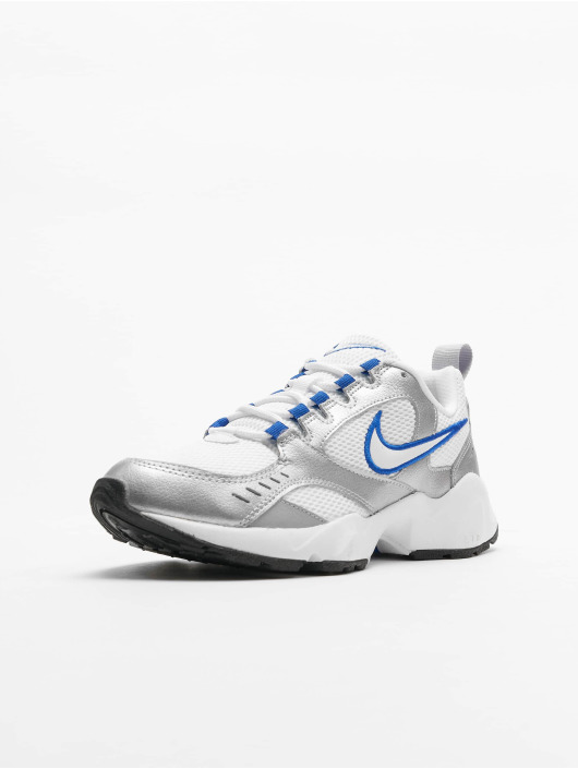Nike Sneakers Heights white