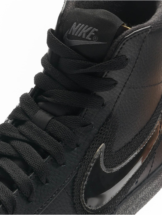 Nike Snejkry Blazer Mid '77 čern