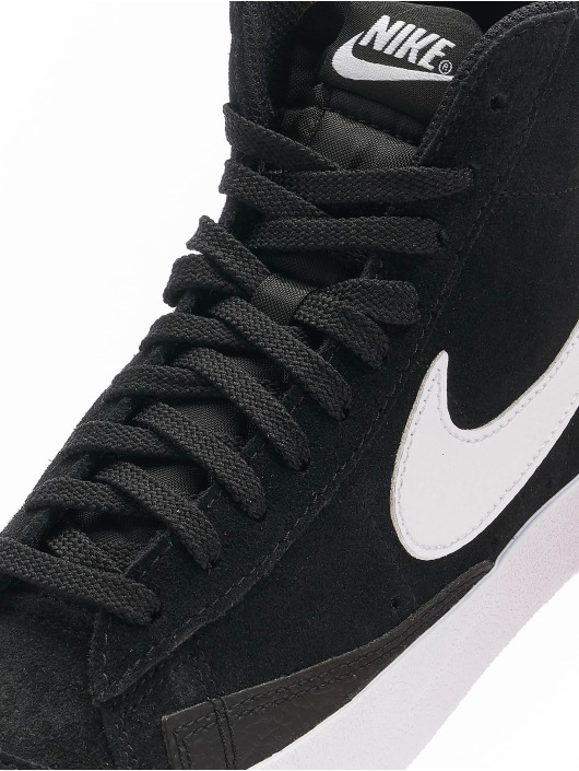 Nike Snejkry Wmns Blazer Mid '77 čern