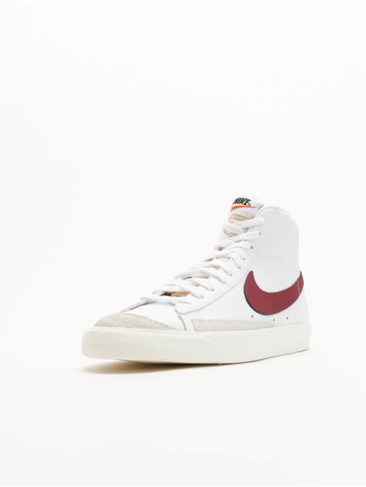 Nike Snejkry Blazer Mid '77 Vintage bílý