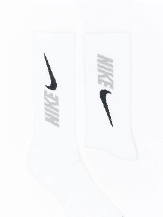 Nike Socks Everyday Plus Cush Crew 3 white