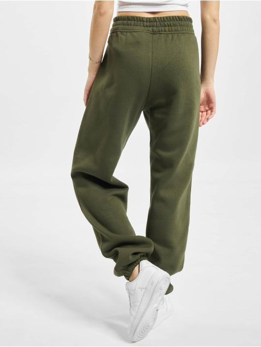Nike Spodnie do joggingu W Nsw Essntl Flc Hr Pnt Clctn khaki