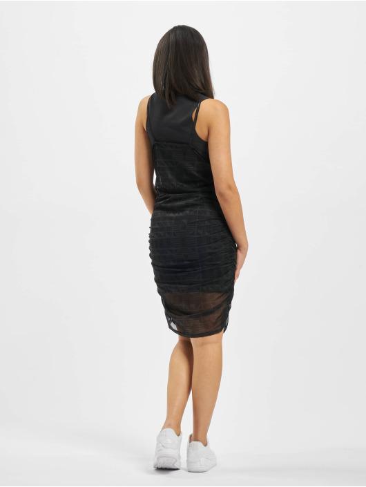 Nike Sukienki Indio czarny