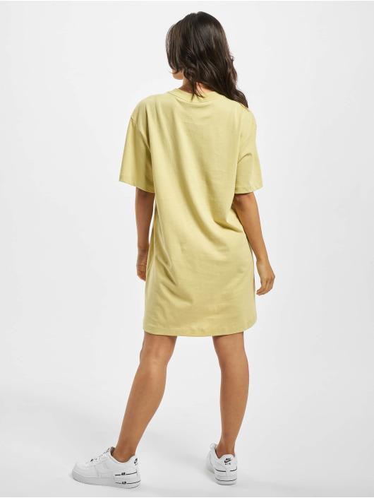 Nike Sukienki Essential zólty