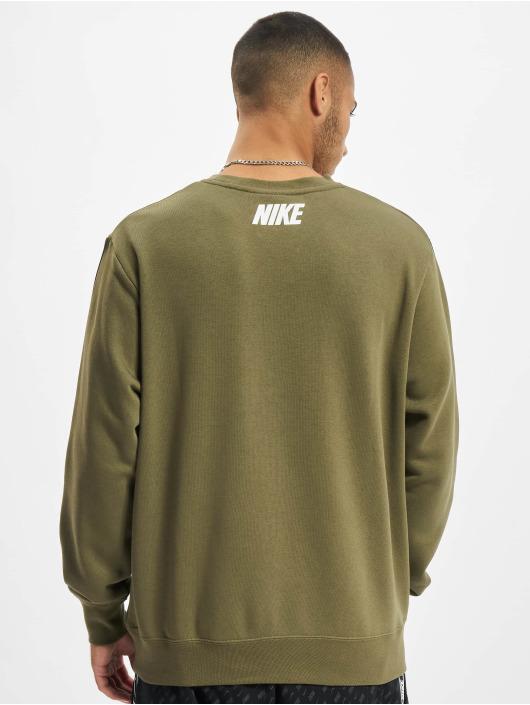 Nike Sweat & Pull Repeat Crew olive