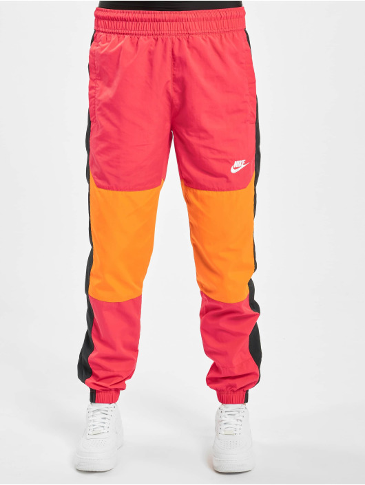 Nike Sweat Pant Re-Issue Woven colored