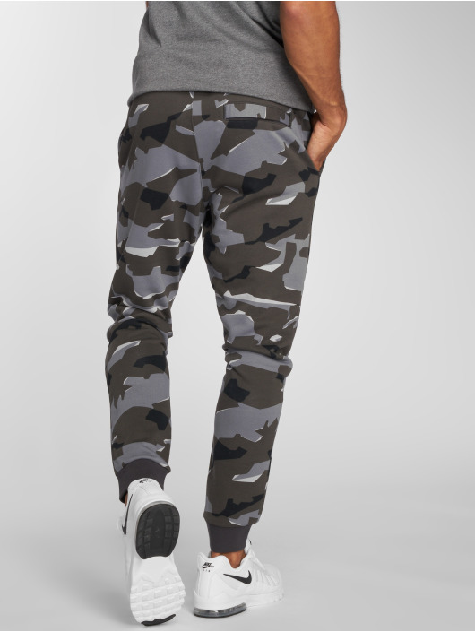 Nike Sweat Pant Camo grey