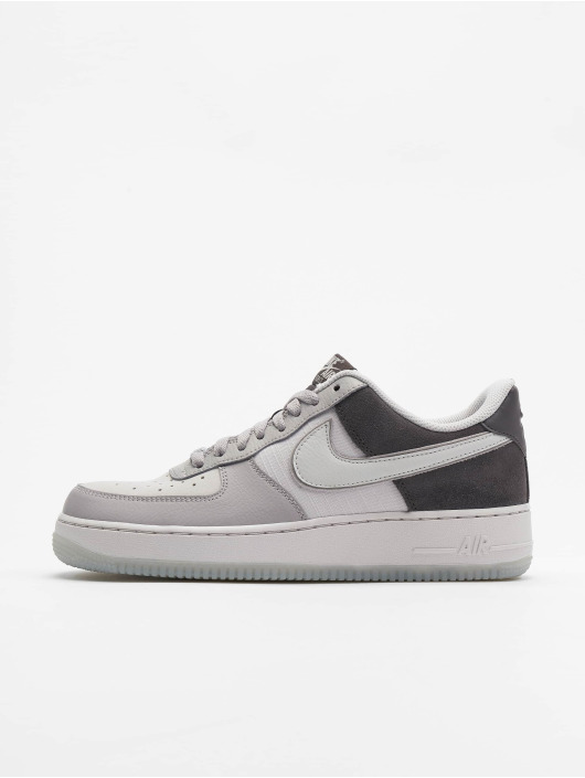 Nike Tøysko Air Force 1 '07 LV8 2 grå