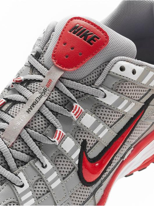Nike Tøysko P-6000 grå