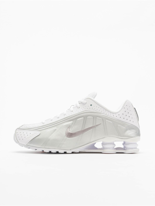 Nike Tøysko Shox R4 hvit