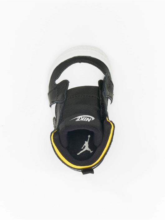 Nike Tøysko Air Max 270 (TD) hvit